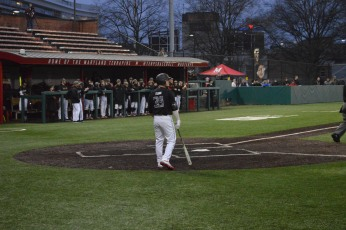 Terps second baseman Nick Dunn