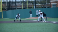 First baseman Kevin Bionic set to tag the runner. Photo by Amanda Broderick/Maryland Baseball Network